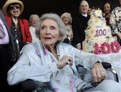 Delores Hope dies at 102