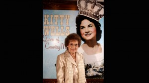 Country music star Kitty Wells dead at 92