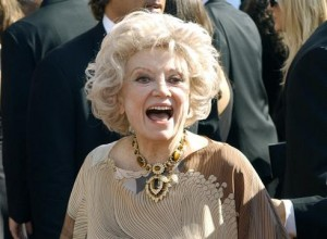Comedian Phyllis Diller dead at 95