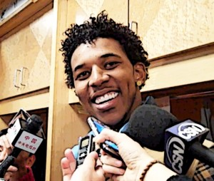Nick Young sings deal with Lakers