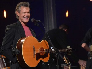 Randy Travis in critical condition with heart surgery