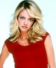 Actress Lisa Robin Kelly dead at 43